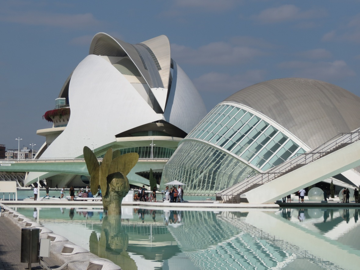Designed by valencian architect santiago calatrava what was once the riverbed of the river turia which was drained and rerouted after a catastrophic flood
