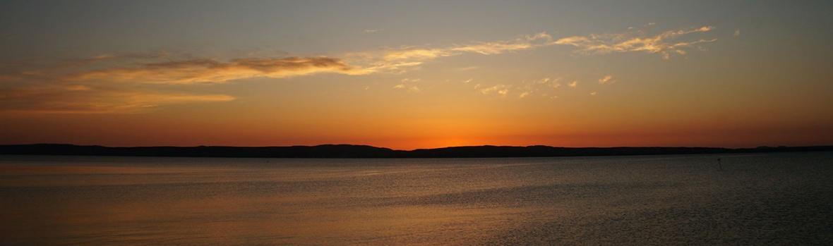 bowmore-sunset-bowmore.com