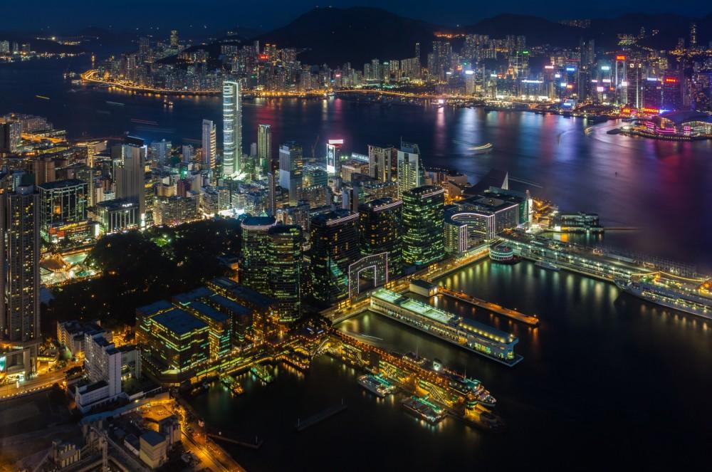 135-hong-kong-skyline-at-night