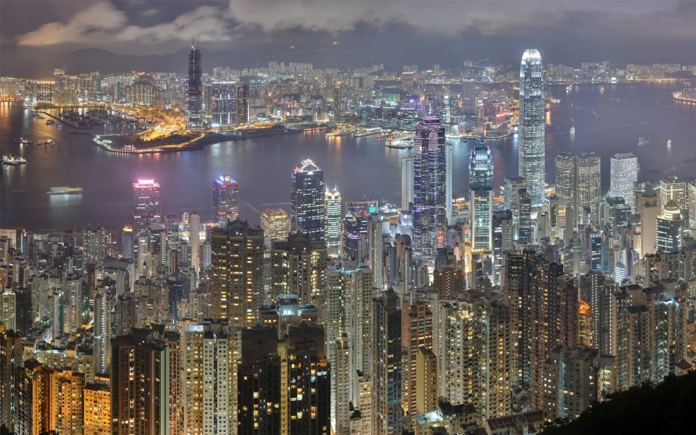 136-Hong-Kong-skyline-from-Victoria-Peak