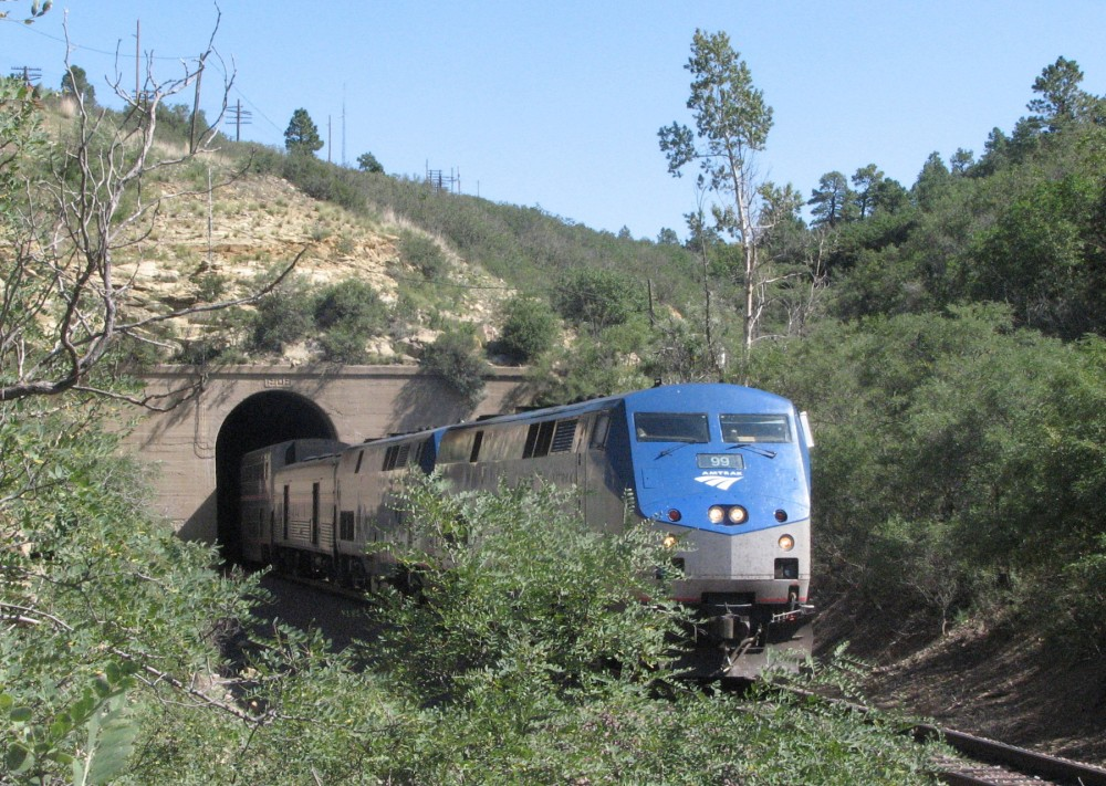 171-Southwest_Chief_on_Raton_Pass