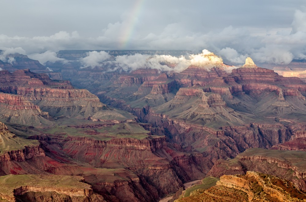 176-Grand_Canyon_Hopi_Point_with_rainbow_2013