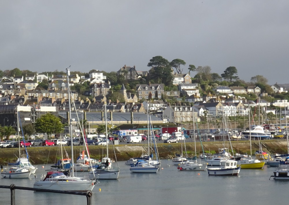 222-Penzance_Harbour_and_station