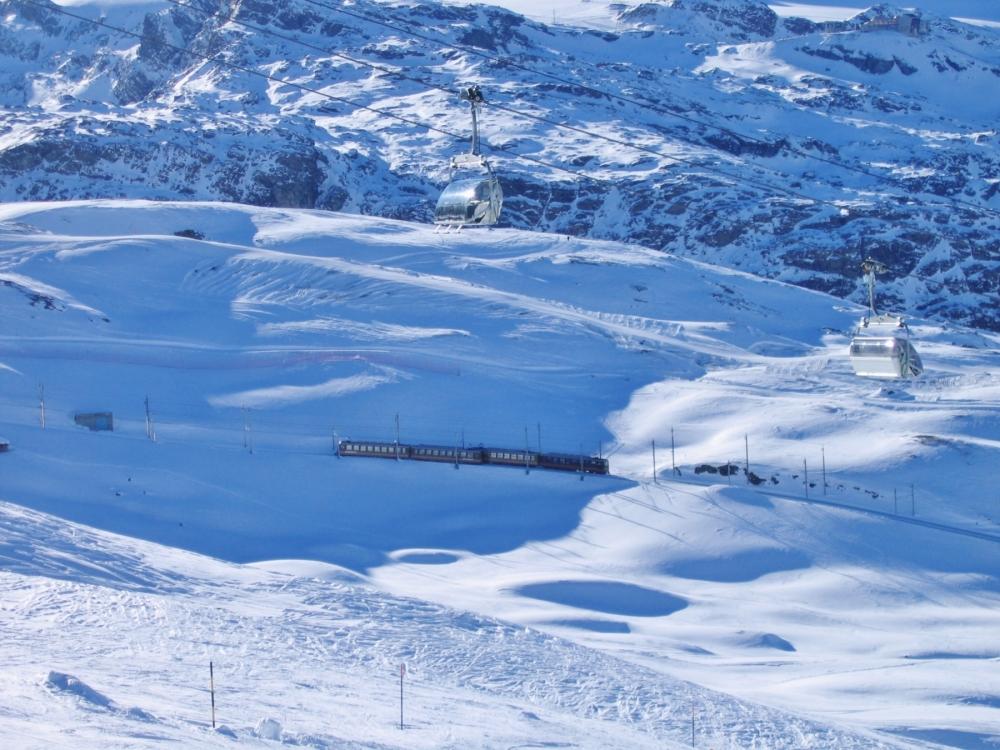 42-Gornergratbahn_-_panoramio