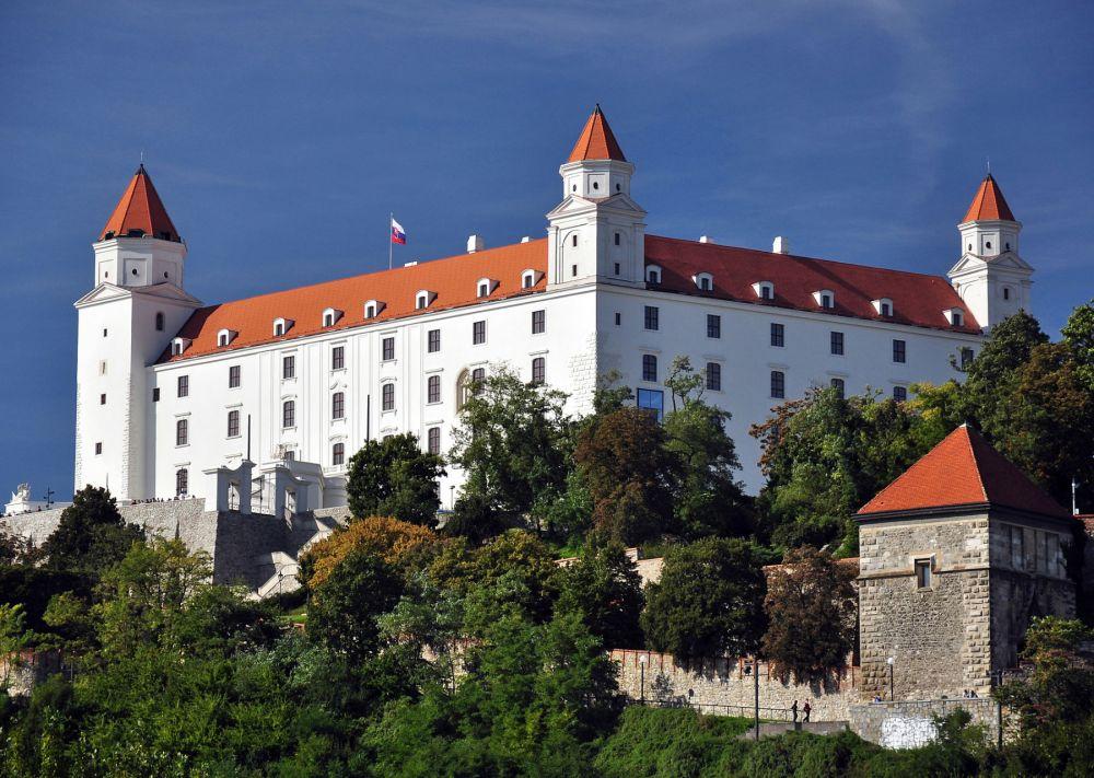 52-Bratislava,_Hrad,_Slovensko