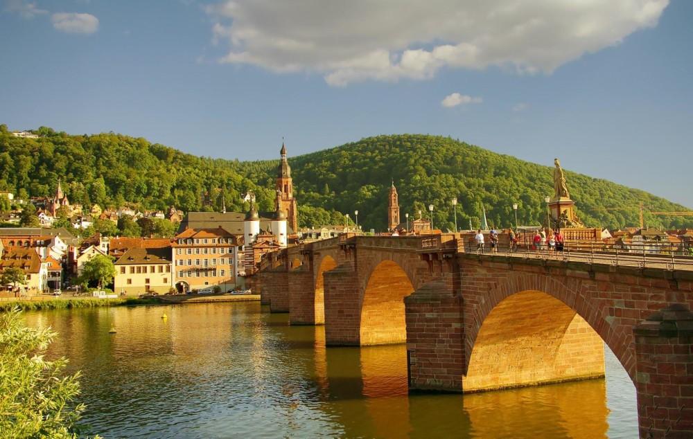 70-neckar-river-old-bridge-heidelberg