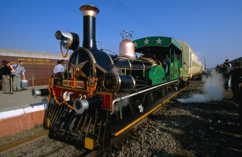 97-fairy-queen-steam-train